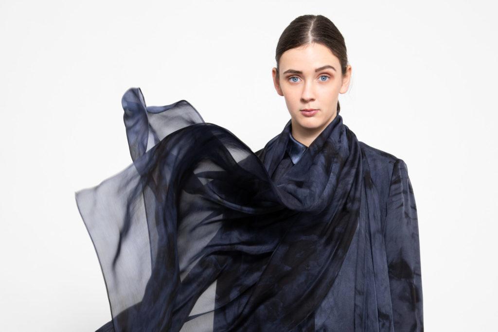 Transparant silk scarve