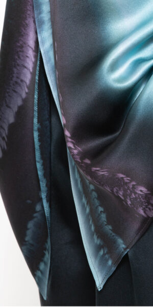 Silk coat black and blue brush