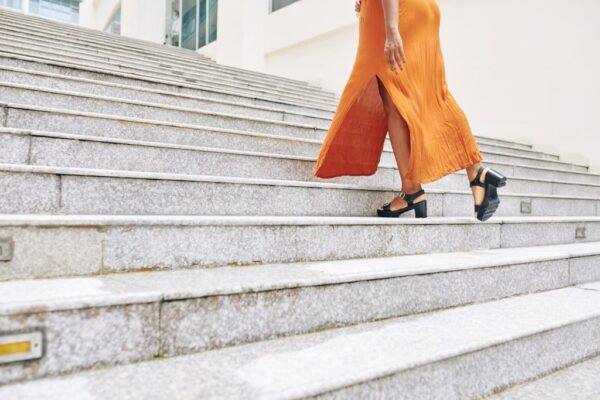 woman stairs-min